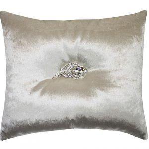 Trista cushion Oyster
