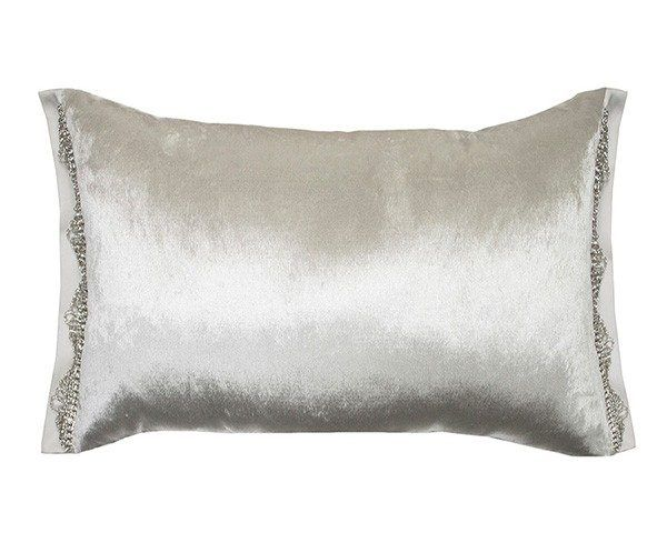 Eleanora oyster cushion